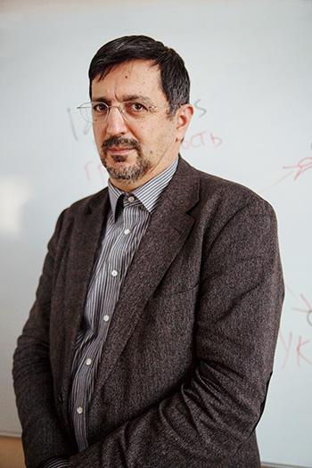 Гасан Гусейнов, филолог