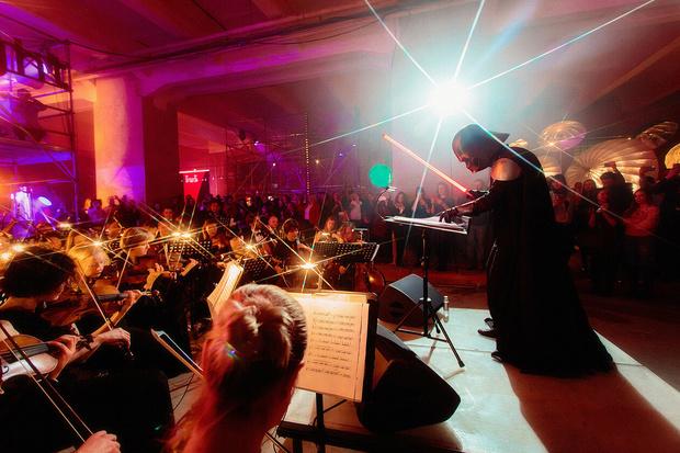 Фото №4 - Богемская кино-рапсодия: премьеры, знаменитости и попкорн на вечеринке ivi open night