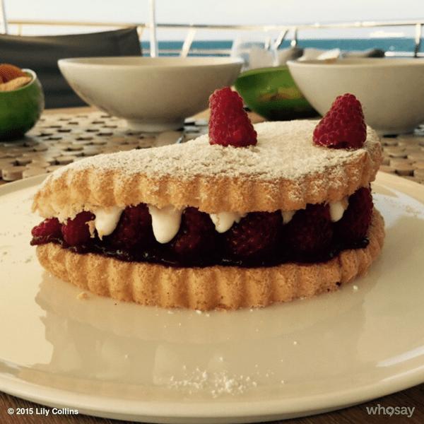 Фото №22 - Звездный Instagram: Леденцы, маффины и печеньки