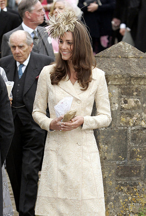 Фото №15 - 25 необычных шляп на королевских свадьбах