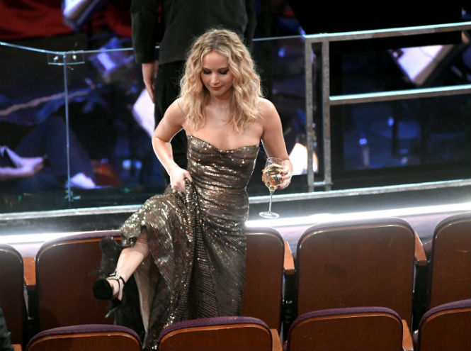 Фото №6 - Сколько стоил «Оскар-2018» (и кто выиграл, а кто проиграл)