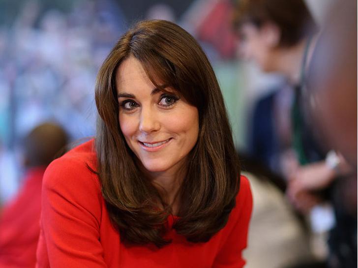 Фото №3 - Всегда безупречна: 10 лучших причесок герцогини Кейт на любой случай