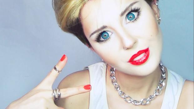 Фото №1 - Хлоя Морец заценила украинского beauty-блогера
