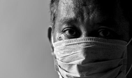 Фото №1 - Опрос: Благодаря эпидемии коронавируса российские медики стали больше уважать себя