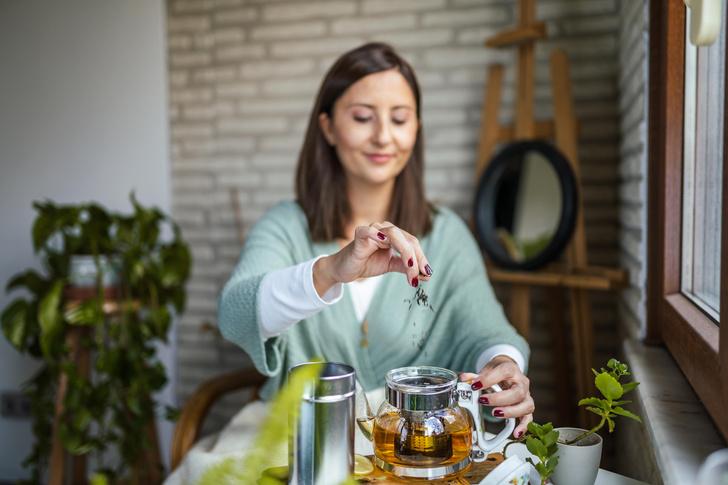 Фото №1 - Польза зеленого чая: защищает от болезней и продлевает молодость