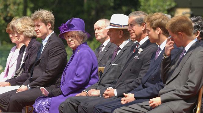 Фото №4 - Семейство Спенсеров получило «золотые билеты» на свадьбу Меган и Гарри