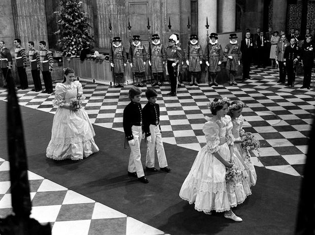 Фото №1 - Каково быть подружкой невесты на королевской свадьбе