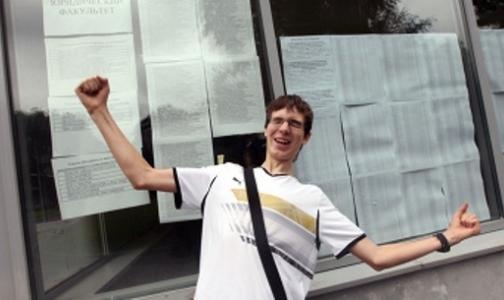 Фото №1 - В Петербурге самый высокий в России конкурс в медицинские вузы