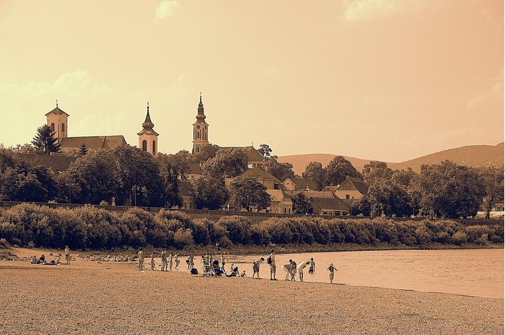 Фото №5 - Город-сюрприз: венгерский Сентендре в 10 кадрах