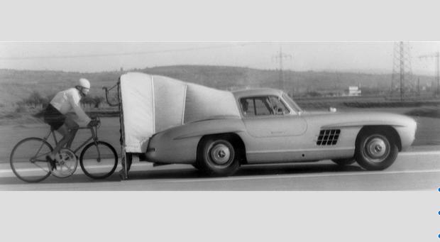Фото №1 - Как Mercedes-Benz помог установить рекорд скорости для велосипеда — 204 км/ч