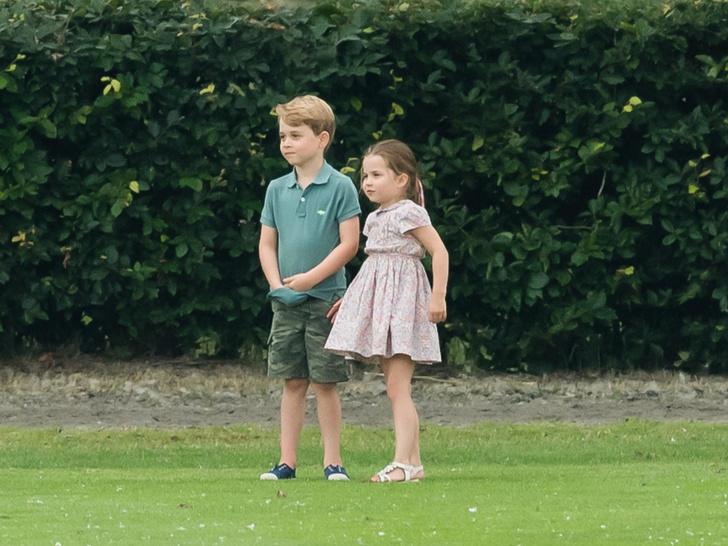 Фото №2 - Без особых формальностей: как Джорджа и Шарлотту называют в школе