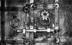 Фото №2 - Дверь в дом