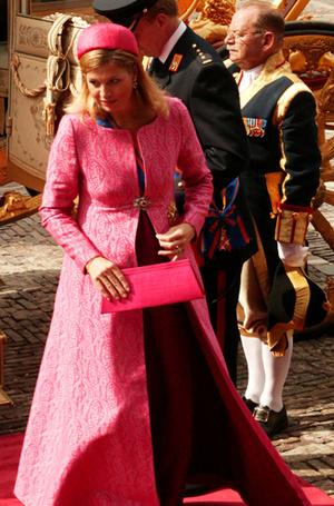 Фото №32 - Беременна будущим королем: принцессы и королевы в положении (фото)