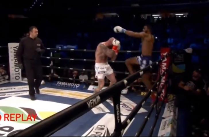 Фото №1 - Образцовый нокаут коленом от кикбоксера-чемпиона (видео)