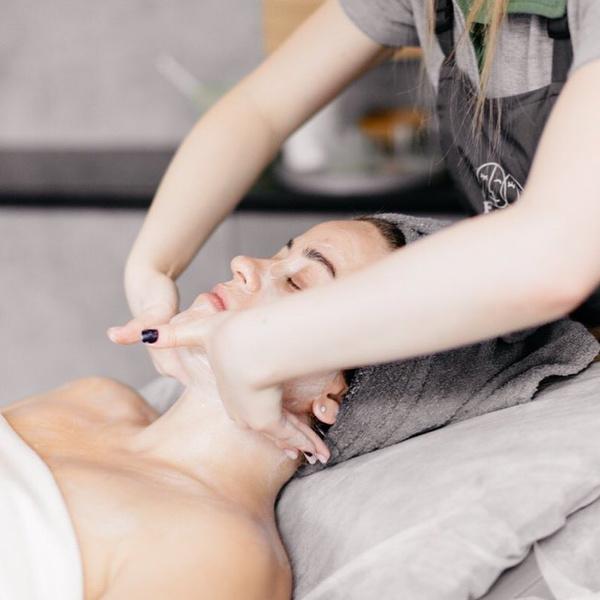 Фото №4 - Wday тестирует: бьюти-процедуры перед Новым годом для сияния лица