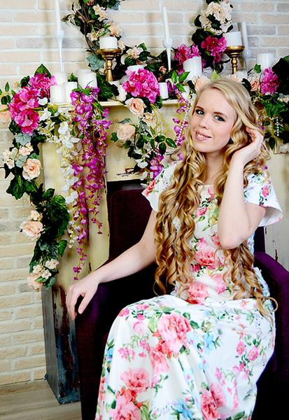 Красивые молодые девушки: 13 фото