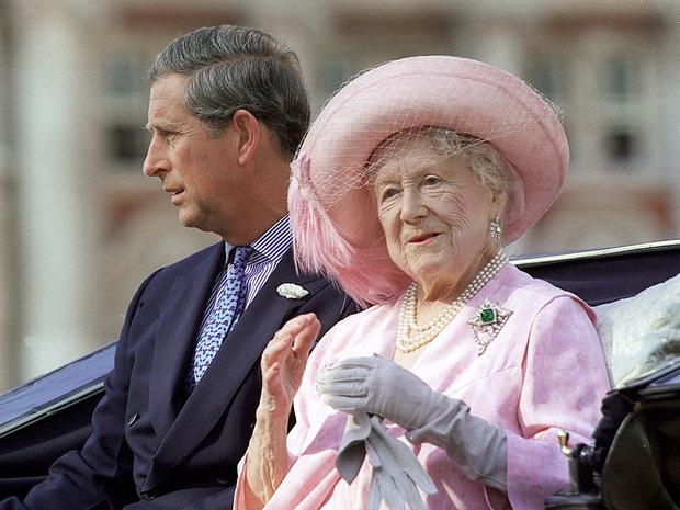 Фото №8 - Как королевские особы носят изумруды