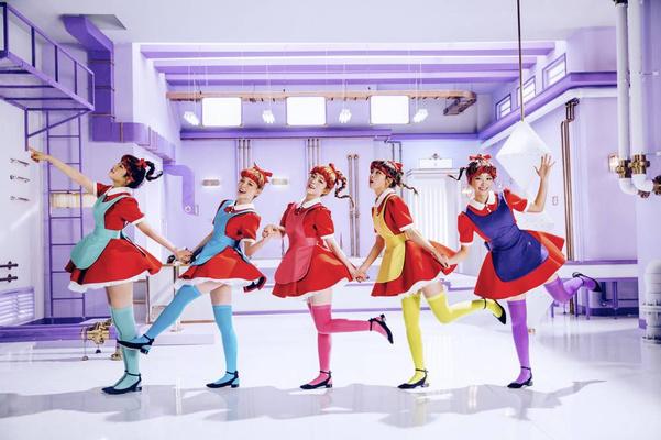 Фото №1 - Quiz: Угадай клип Red Velvet по эмодзи 💘