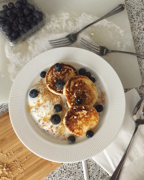 Фото №3 - 5 вариантов вкусных и полезных завтраков на каждый день