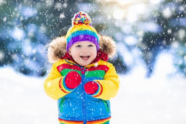 Фото №1 - Экстренная помощь: что делать, если ребенок обморозил щеки