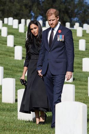 Фото №18 - Прощай, Корона: лучшие образы герцогини Меган в 2020 году
