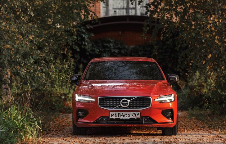 Фото №1 - 6 неожиданных фактов о Volvo S60