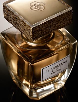 Фото №2 - Новый аромат Giordani Gold Essenza