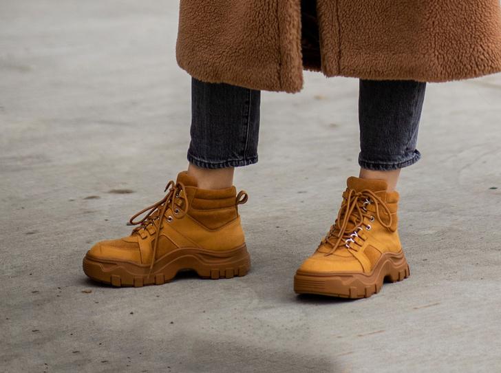 Фото №1 - Идеальная обувь для загородного отдыха: самые теплые ботинки и сапоги