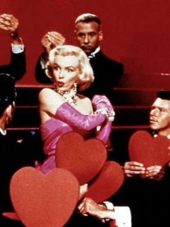 Фото №2 - 5 культовых кинонарядов Мэрилин Монро и забавные истории, связанные с ними