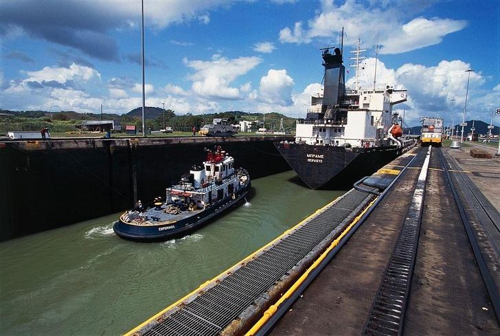 Фото №8 - Разрезая континенты: 9 фактов о Панамском канале