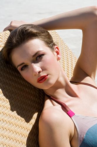 Фото №9 - Жара, жара: как сделать летний макияж более стойким