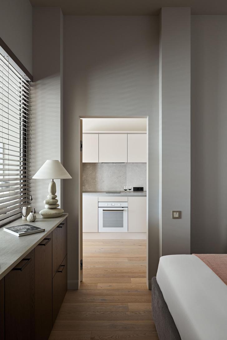 Фото №11 - Маленькая квартира в бежевых тонах на берегу Финского залива