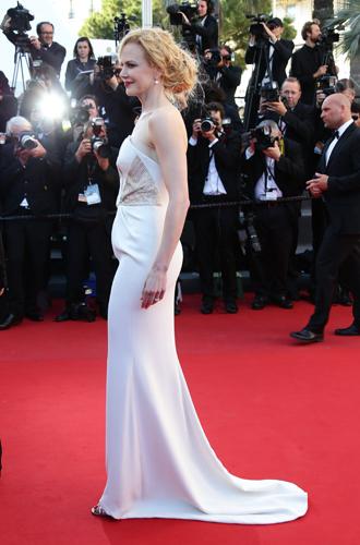 Фото №70 - Королева Канн: все модные образы Николь Кидман за историю кинофестиваля