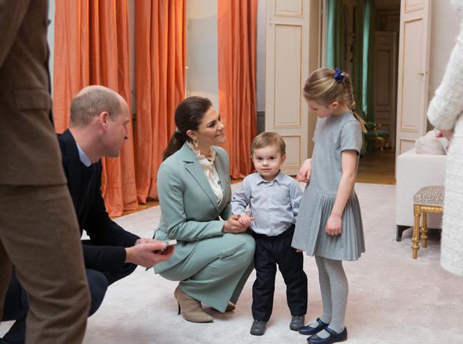 Фото №48 - Принц Оскар: два года в фотографиях