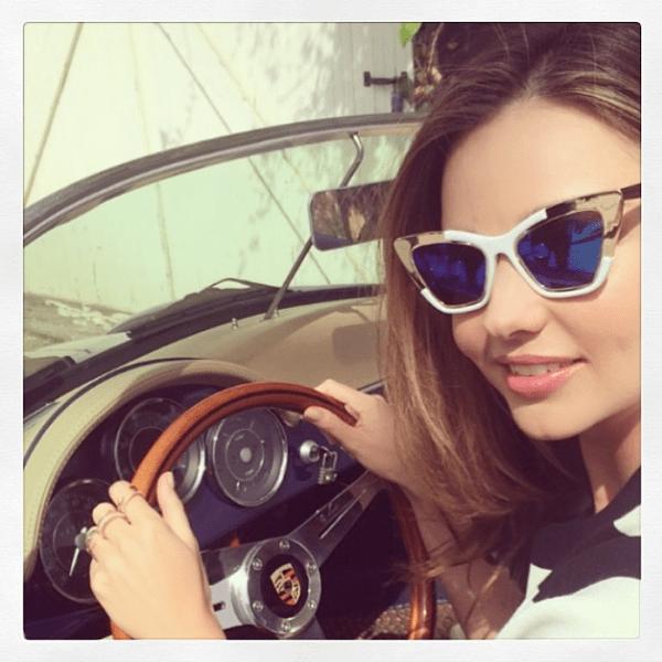 Фото №23 - Звездный Instagram: Селфи в машине