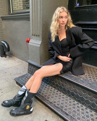 Фото №4 - Стиль Эльзы Хоск: как одевается самая яркая топ-модель новой эпохи