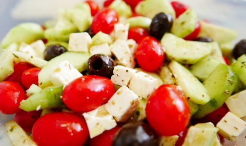 Фото №1 - Диетолог рассказала, кому может навредить средиземноморская диета