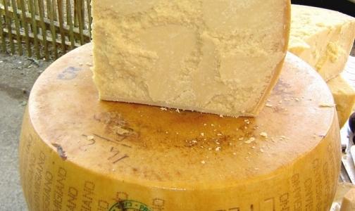 Фото №1 - Итальянский сыр не пустили на петербургские прилавки