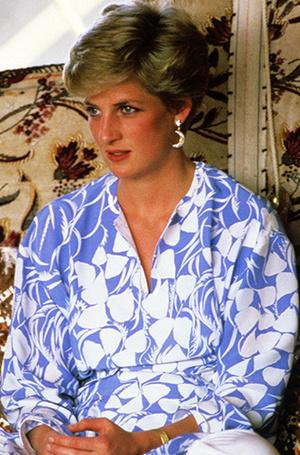 Фото №7 - Не все то золото: как принцесса Диана выдавала дешевую бижутерию за дорогие украшения