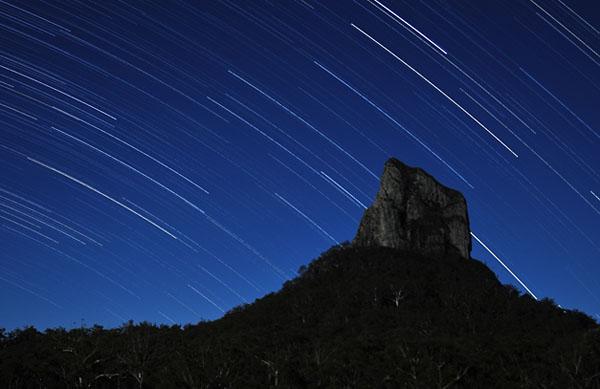 Фото №5 - Эта удивительная звезда-вулкан