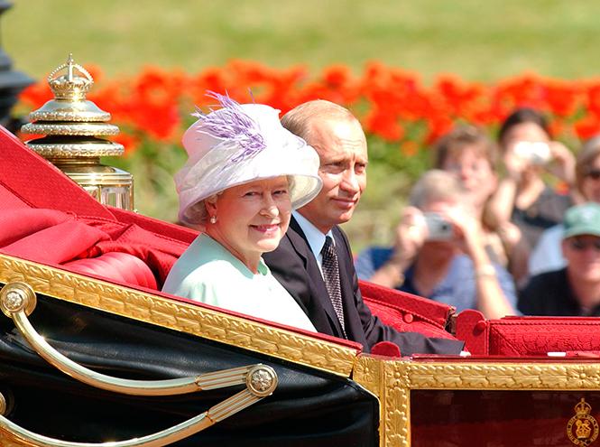 Фото №6 - Повезет – не повезет: кого из президентов Елизавета II катала в своей карете
