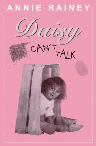 Фото №3 - 19-летняя девушка по-прежнему носит памперсы, пользуется соской и не разговаривает из-за необъяснимого заболевания