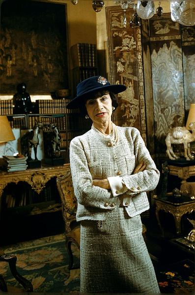 Фото №1 - Икона моды: как одевалась Коко Шанель