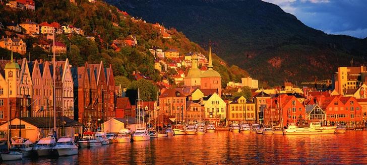 Фото №2 - 15 мест в Норвегии, которые стоит увидеть своими глазами