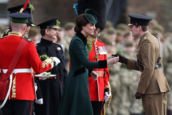 Фото №8 - Не дождетесь: герцогиня Кембриджская в отличном настроении