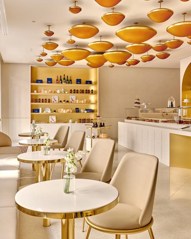 Фото №1 - В Париже открылась кондитерская Ritz Paris Le Comptoir