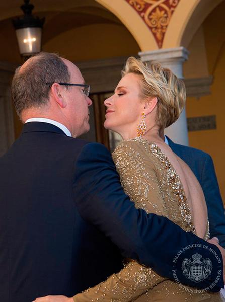 Фото №30 - Счастливы вместе: князь Альбер и княгиня Шарлен