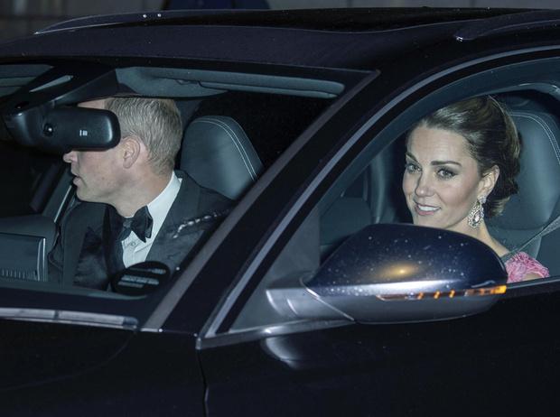 Фото №3 - Принцы за рулем: когда и почему Виндзоры отказываются от услуг водителя