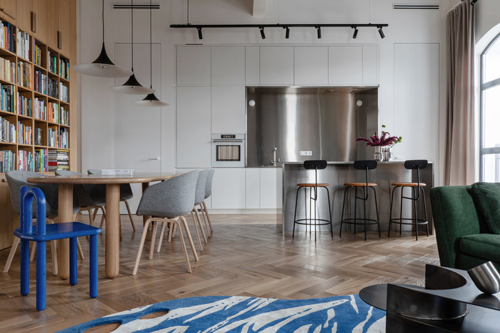 Фото №2 - Минималистичная квартира в лофт-апартаментах в Москве