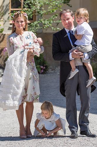 Фото №4 - Часть королевской семьи Швеции переезжает в США